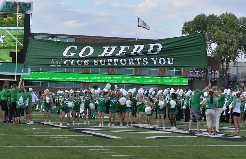 cheerleaders0179