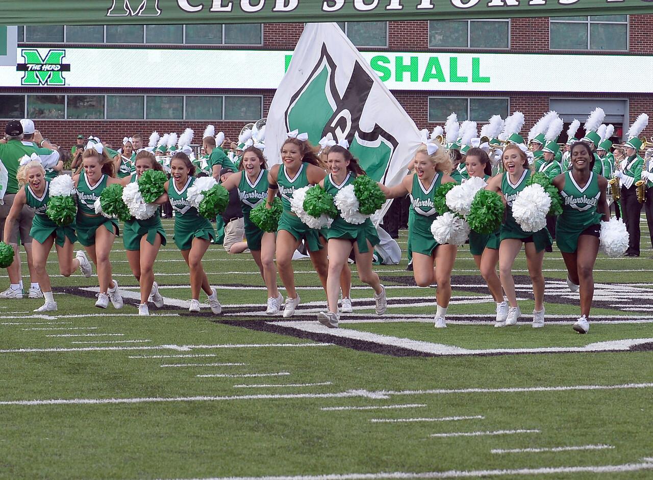 cheerleaders0185