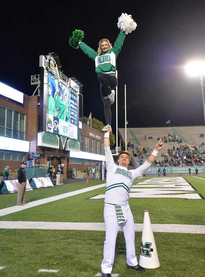 cheerleaders1452