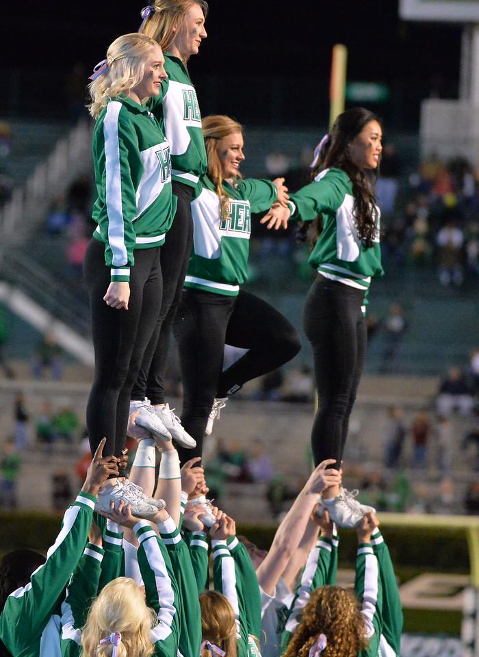 cheerleaders1551