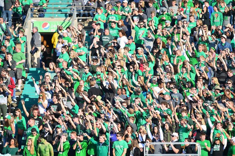 crowd0823