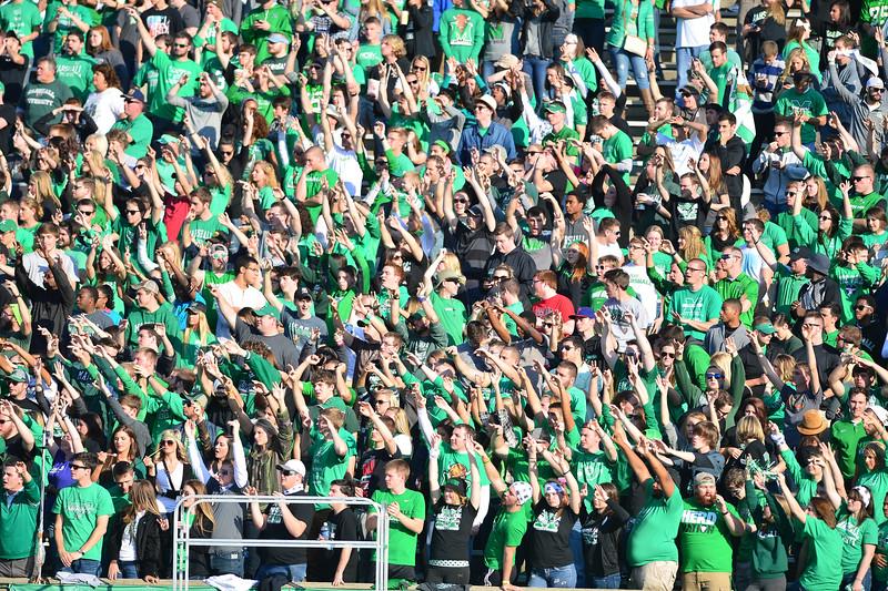 crowd0820