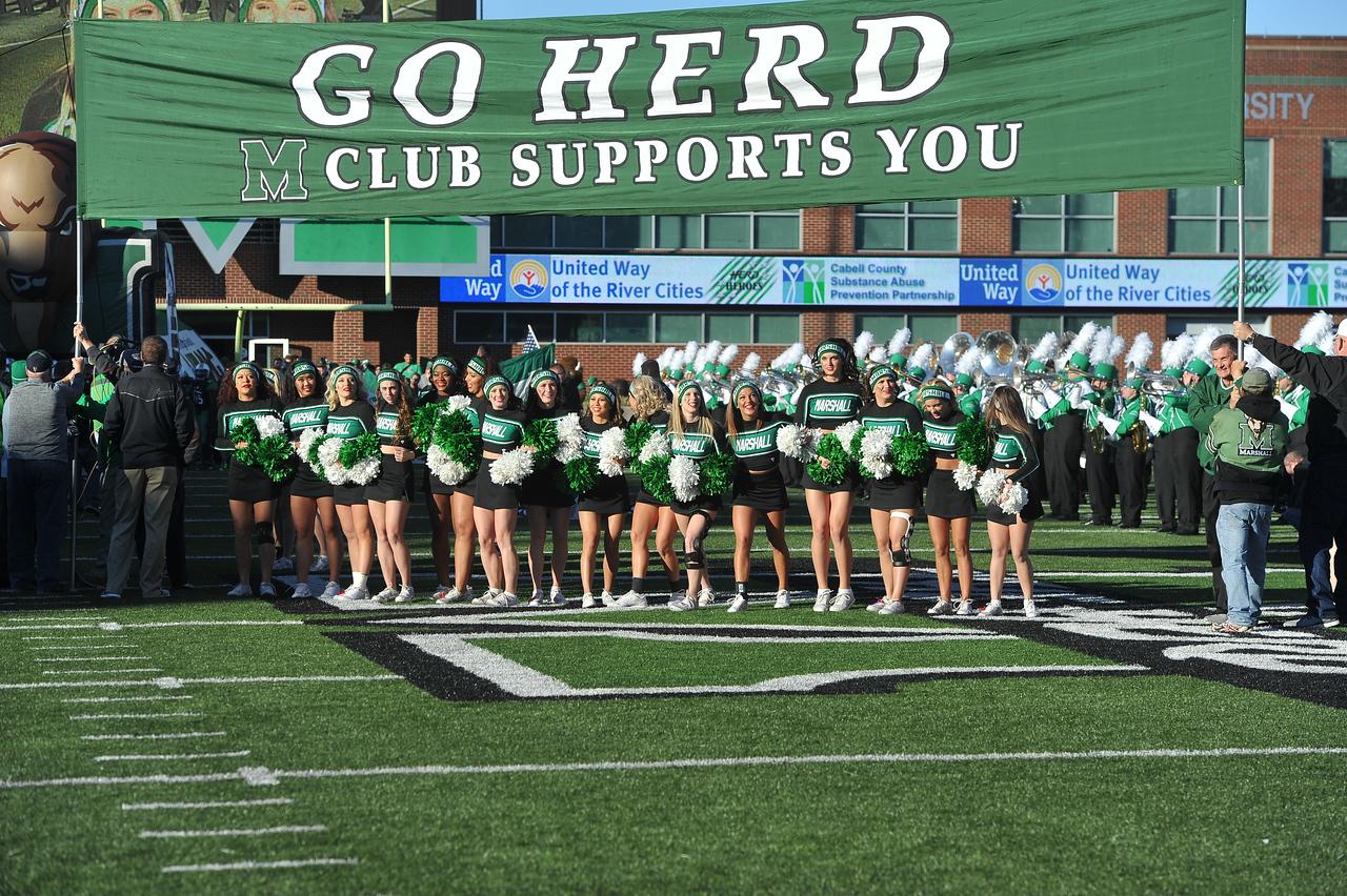 cheerleaders7340