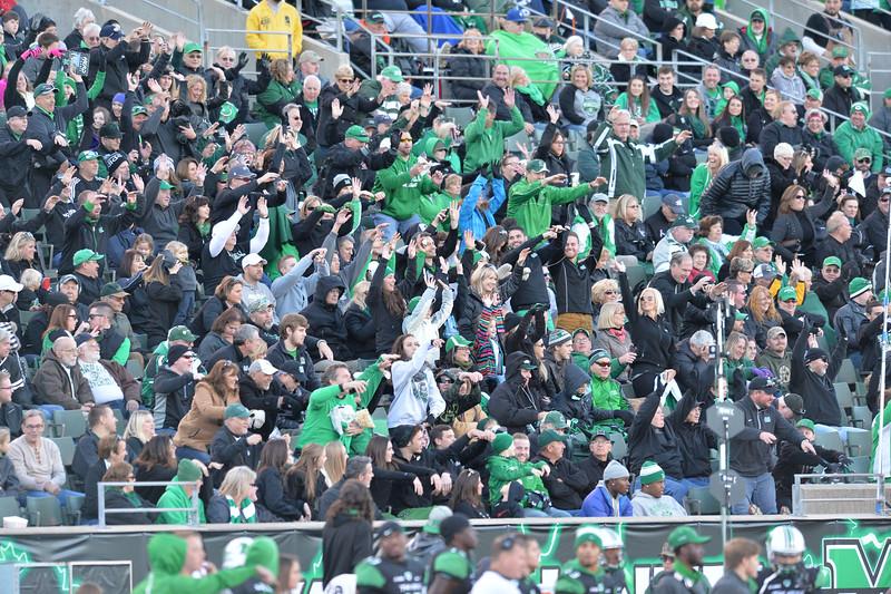 crowd1915