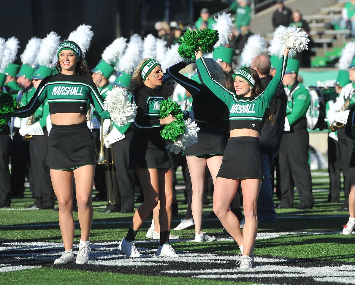 cheerleaders7317