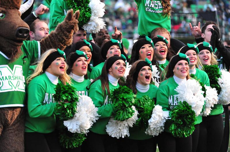 cheerleaders4074