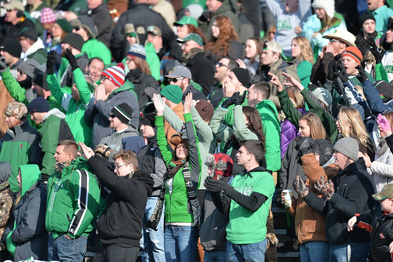 crowd1366