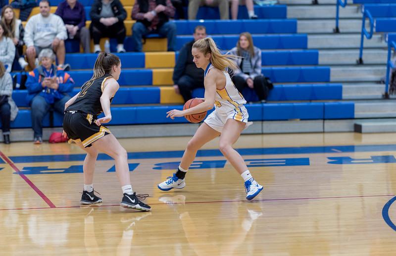 20200112 -Girls Varsity Basketball  -002