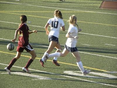 Girls JV Soccer v. Alemany 1-15-14