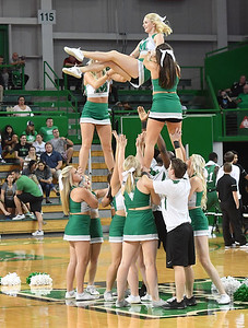 cheerleaders0553