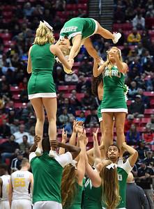 cheerleaders1018