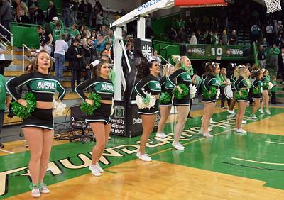 cheerleaders1340