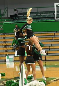 cheerleaders0437