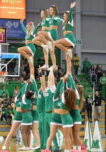 cheerleaders2950
