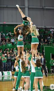 cheerleaders0606