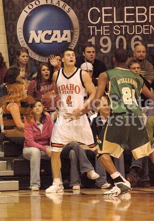 ISU vs Sacramento State - 01/12