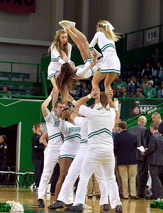 cheerleaders7366