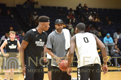 2017-10-17 MBB Late Night Madness - Mystery Guest at Men's Scrimmage