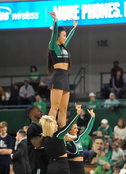cheerleaders7825