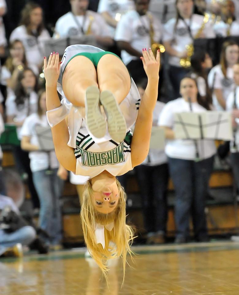 cheerleaders9082