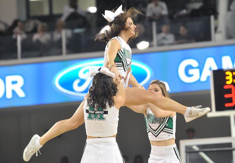 cheerleaders09499