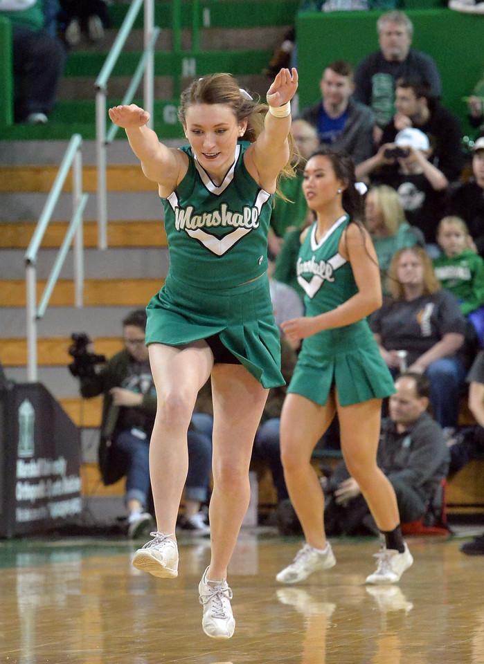 cheerleaders2249