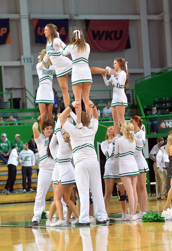 cheerleaders1215