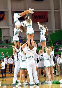 cheerleaders1218