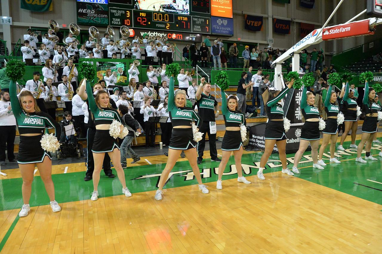 cheerleaders1434