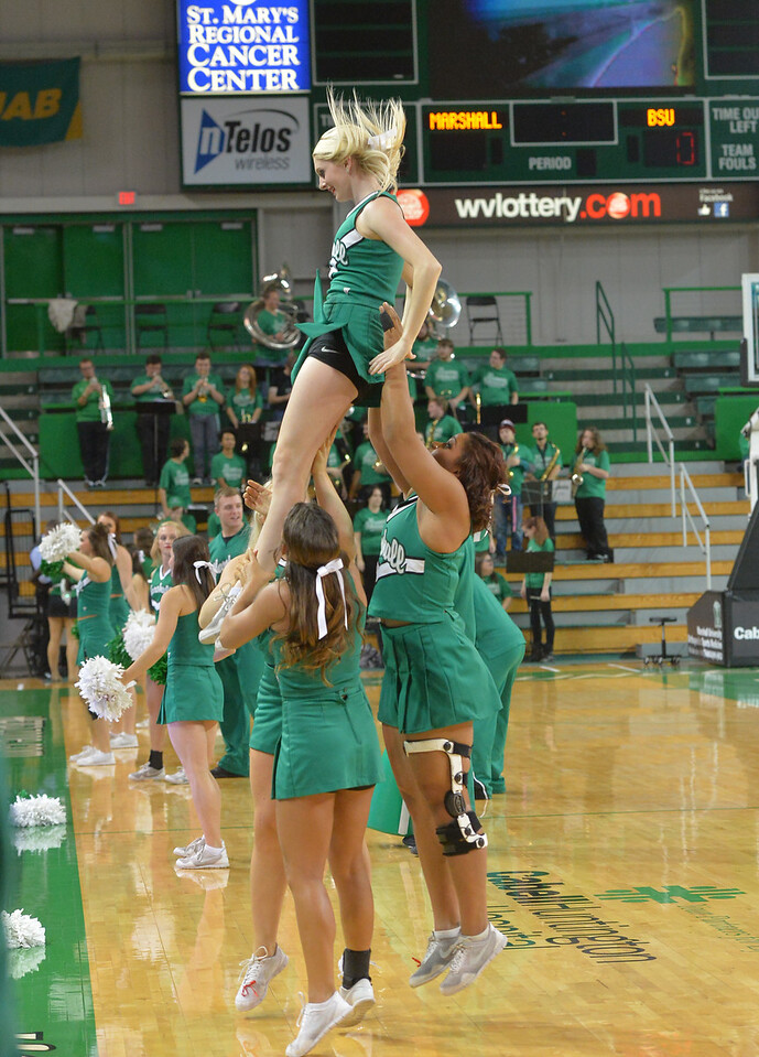cheerleaders0023