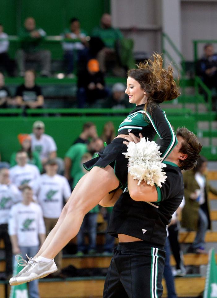 cheerleaders0219