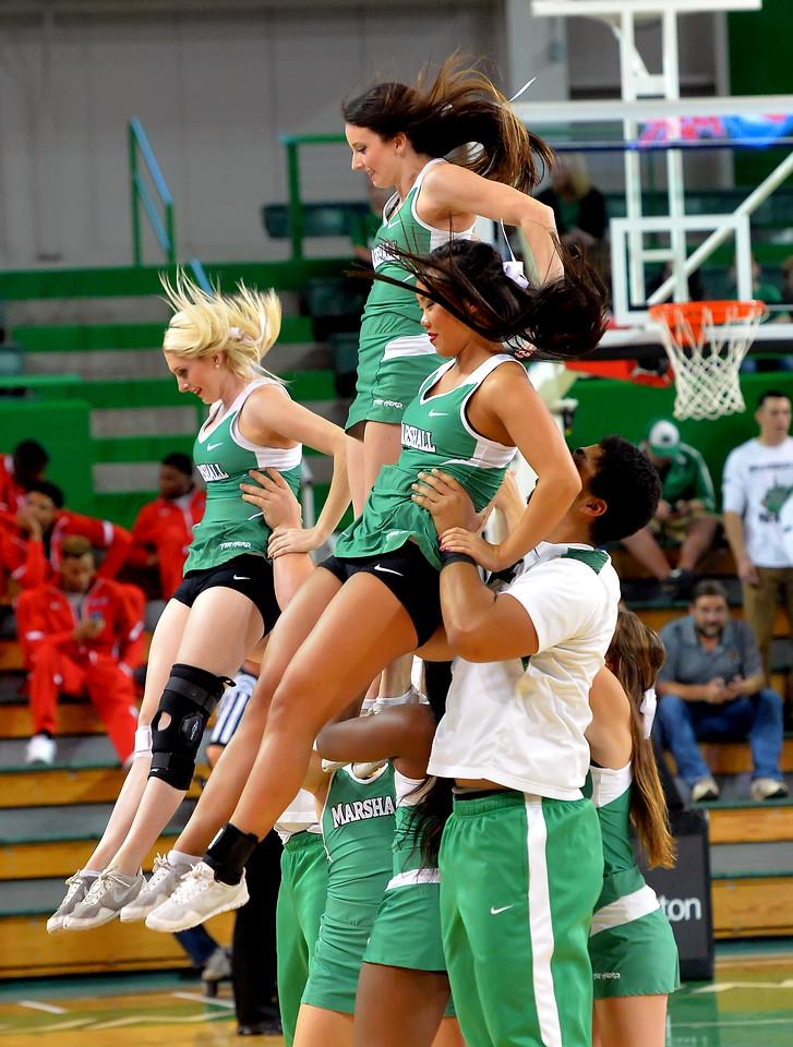 cheerleaders0191