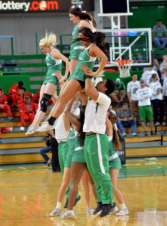 cheerleaders0190
