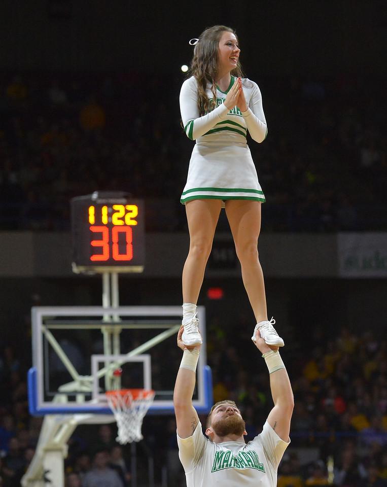 cheerleaders3990