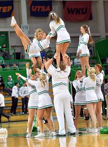 cheerleadrs1220