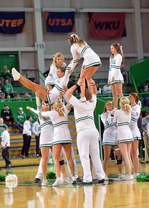 cheerleaders1221