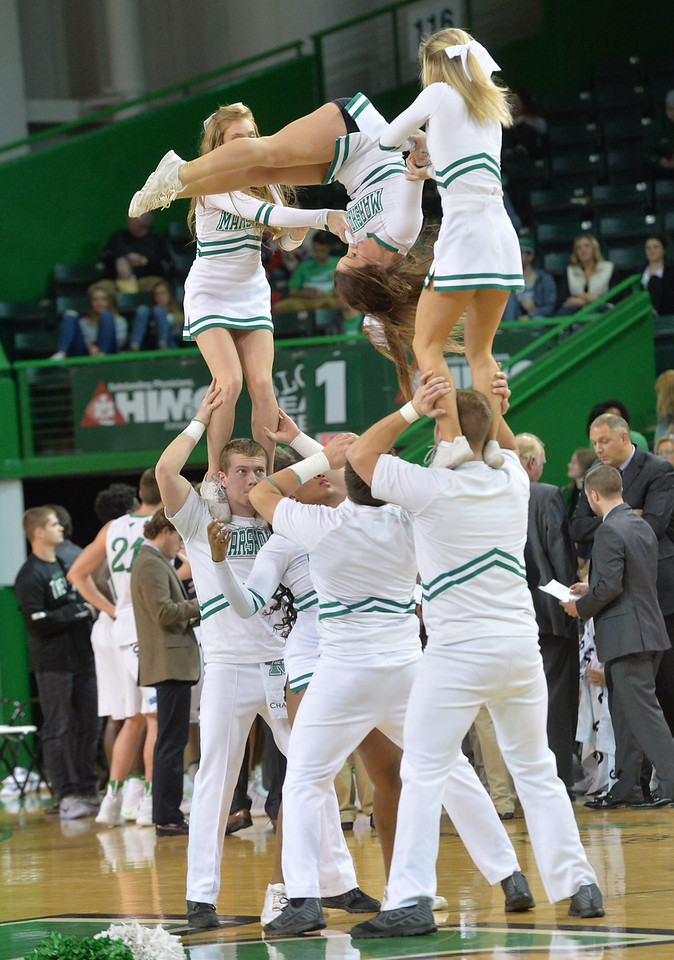 cheerleaders0256