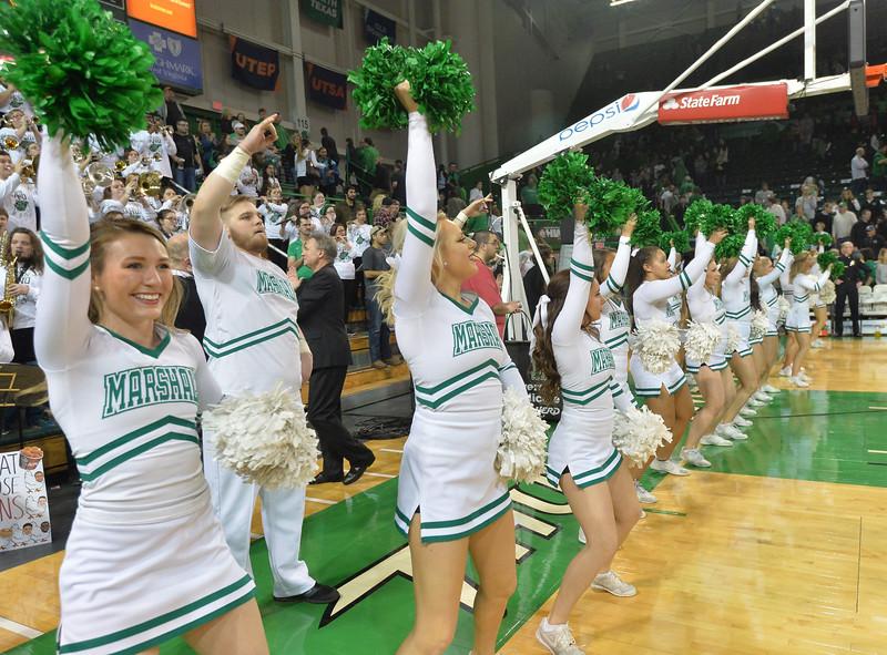 cheerleaders0720