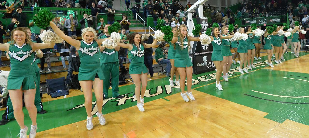 cheerleaders3600