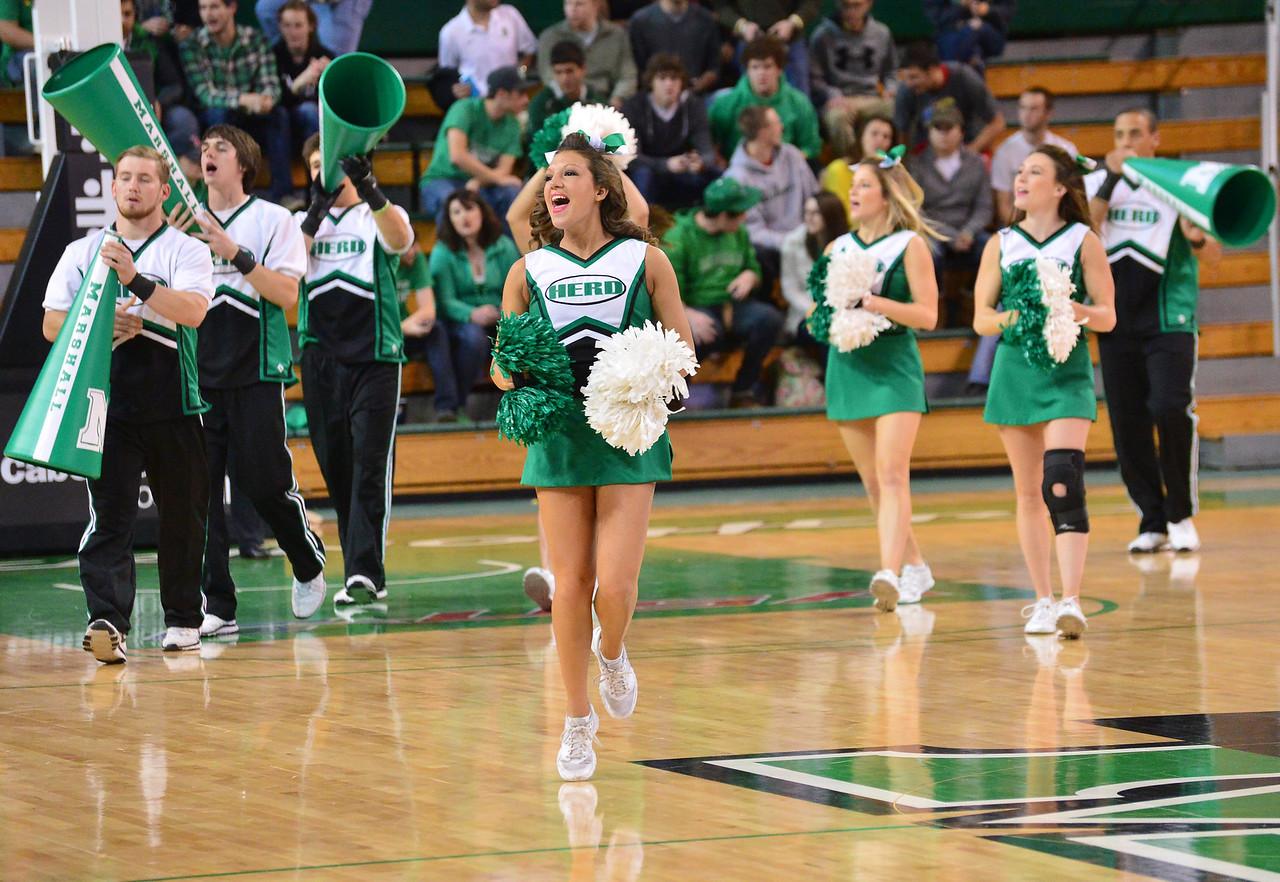 cheerleaders5913