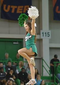 cheerleaders5211
