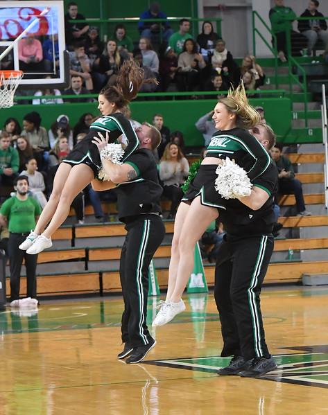 cheerleaders0327