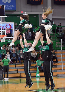 cheerleaders0324