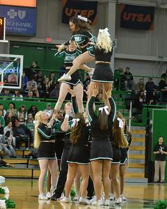 cheerleaders2069