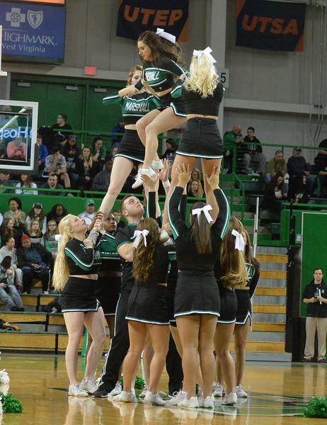 cheerleaders2068