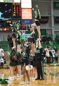 cheerleaders0191