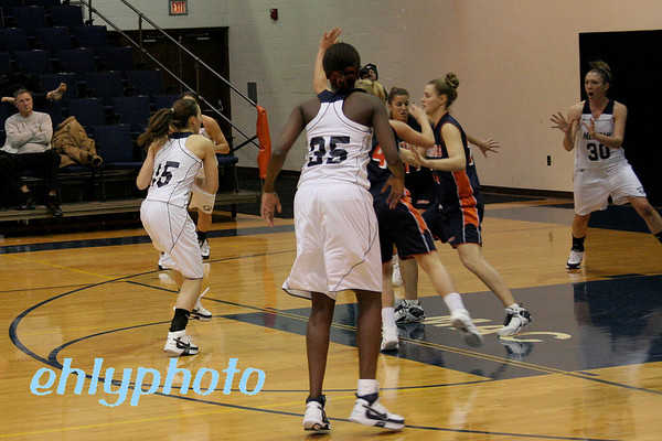 2007 12 06 MessiahWBasketball 032_edited-1