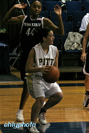 2007 11 16 MessiahWBasketball 008_edited-1