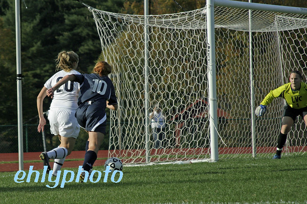 2007 10 20 MessiahWSoccer 112_edited-1