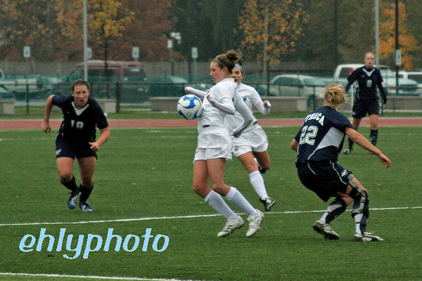 2007 11 18MessiahWSoccer 087_edited-1